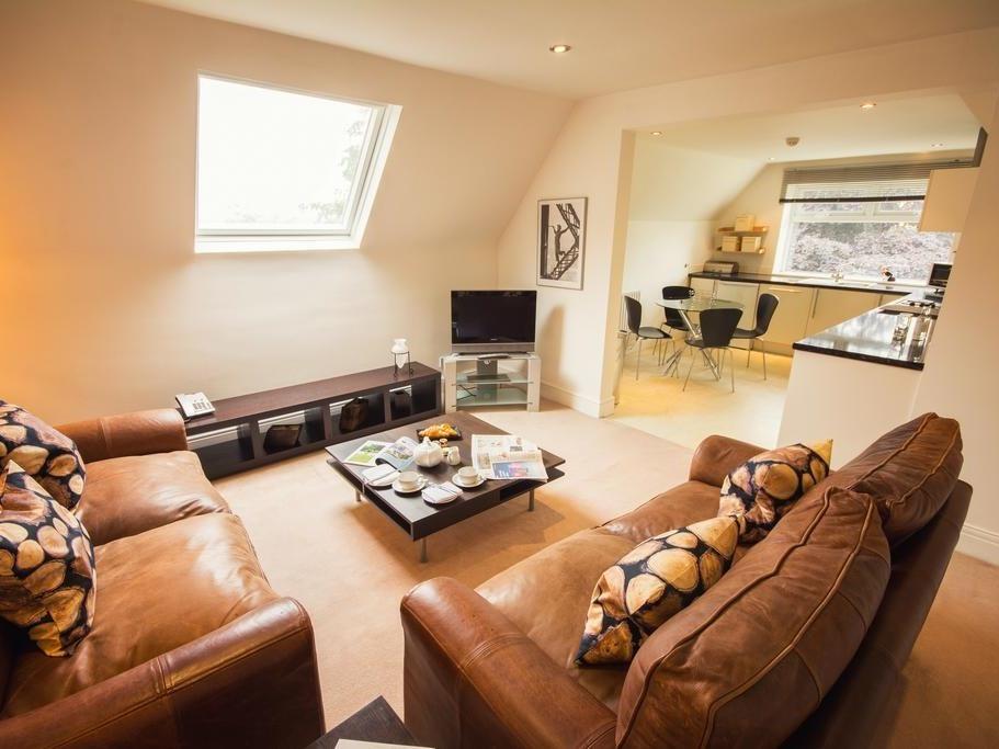 Apartment-Deluxe-Ensuite with Bath-Garden View