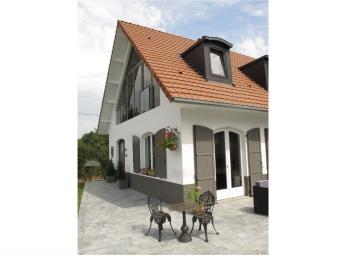 La Garonde Maison d'Hôtes. Terrasse.