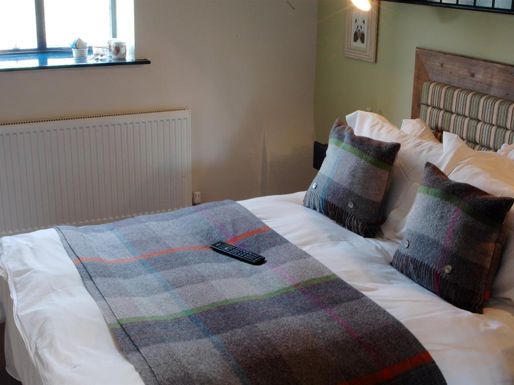 Double room-Standard-Ensuite with Bath