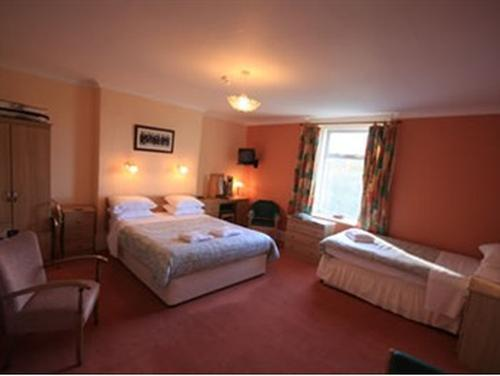 Family room-Ensuite- (2 Adults & 2 Children)