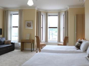 Bridge Bed & Breakfast - Family-Deluxe-Ensuite-Sleeps 5