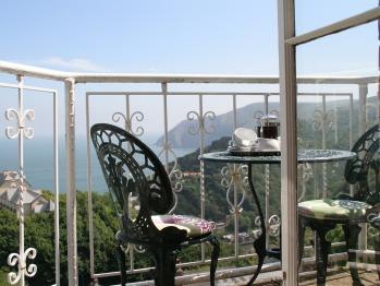 Myrtleberry's balcony