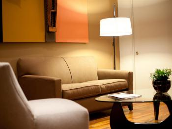 Sitting Area in Queen and Double Rooms (Downstairs)