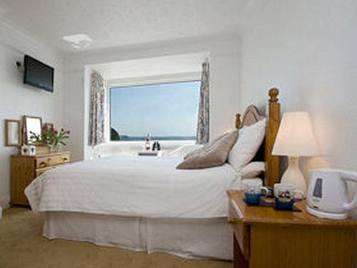 Double room-Standard-Ensuite-Sea View - Base rate