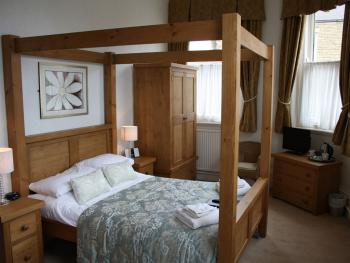 Double room-Ensuite-four-poster -