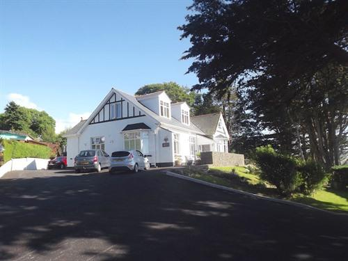 Merwerydd Guest Accommodation Free Parking