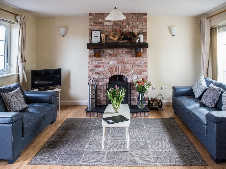 Cottage-Ensuite-3 Bedroom 'Ladybridge'