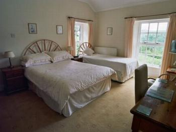 Double room-Ensuite-Lakeview