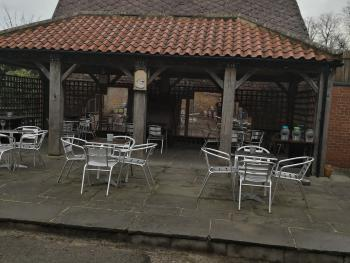 The Buck Hotel - Outside dining area