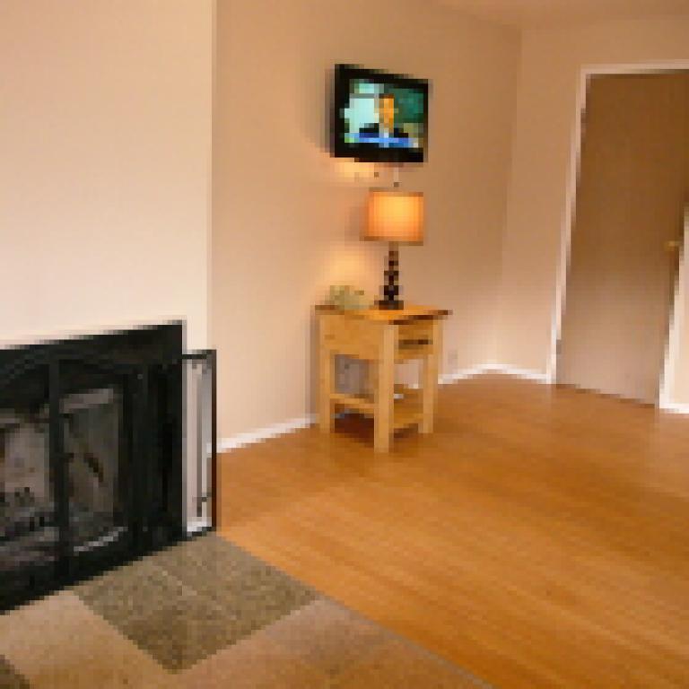 Apartment-Ensuite-Standard-Unit 18 - Base Rate