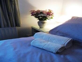 Double room-Ensuite-Annex Sleeps 3