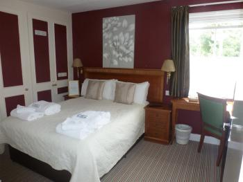 Double room-Standard-Private Bathroom