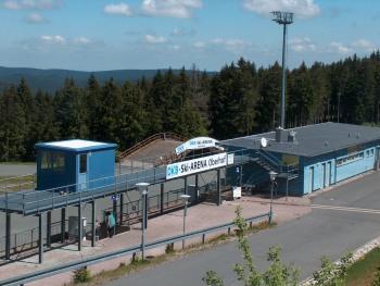 Das Wintersportzentrum Oberhof ist auch außerhalb des Biathlon-Weltcups einen Besuch wert. Hier befindet sich auch der gern besuchte Rennsteiggarten