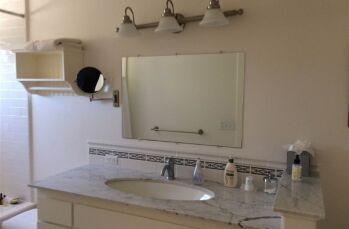 Daisy Bathroom