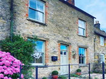Cotswold Cottage Gems - Rathbone Cottage -