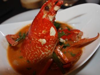 Timbale de homard à l'armricaine