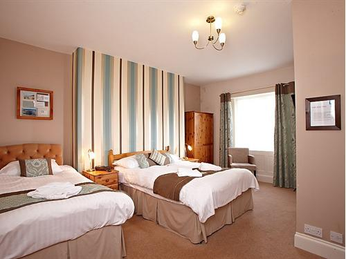 Family room-Ensuite-2 Adults and 1 Children - Base Rate