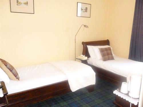 Twin room-Ensuite-Discounted