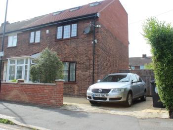 Lovely 3 Bedroom House with large Garden - External shot, Including of Street Parking