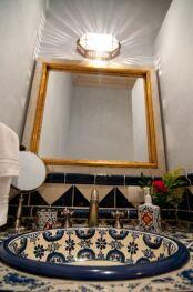 Huipil Bathroom