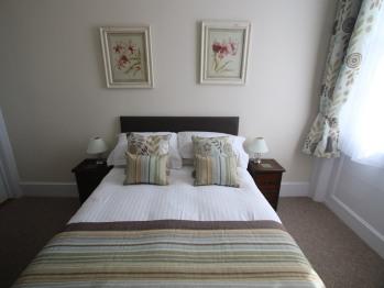 Spring Garden Holiday Apartments -