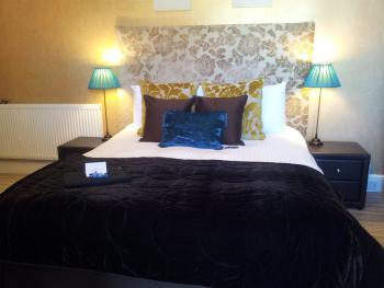 Second Floor Classic Double Ensuite with Breakfast