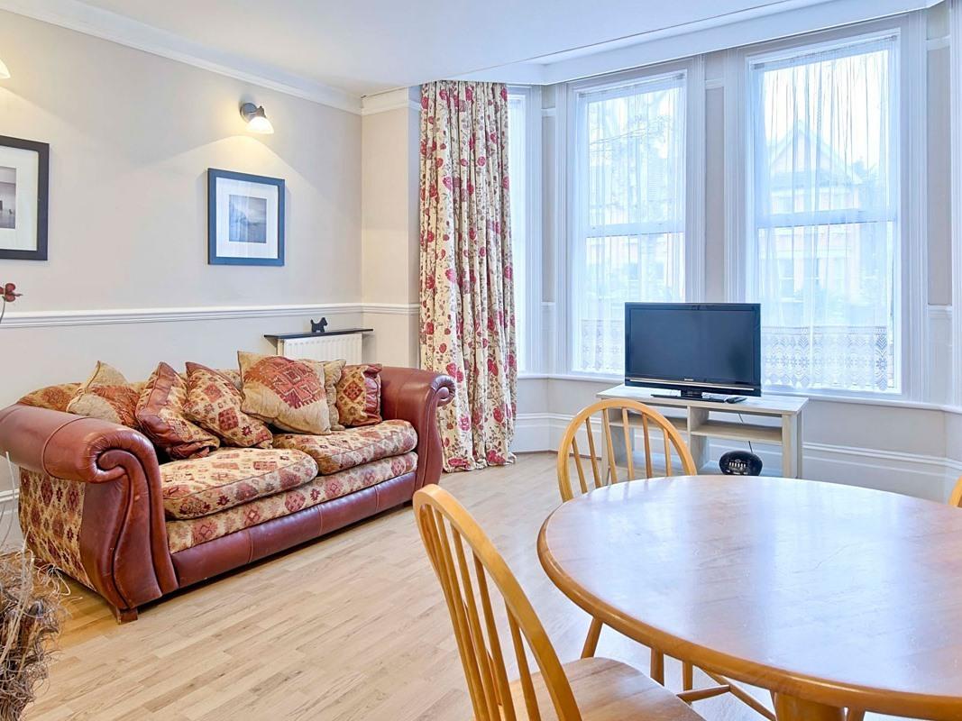 Apartment-Private Bathroom-Whitehall
