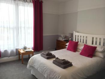 Triple room-Ensuite with Shower-Garden View-Family Twin Room 4 - Base Rate