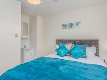 Double room-Deluxe-Ensuite-Garden View-with kitchenette - Double room-Deluxe-Ensuite-Garden View-with kitchenette
