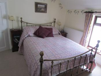 Double room-Ensuite-Lilac Room