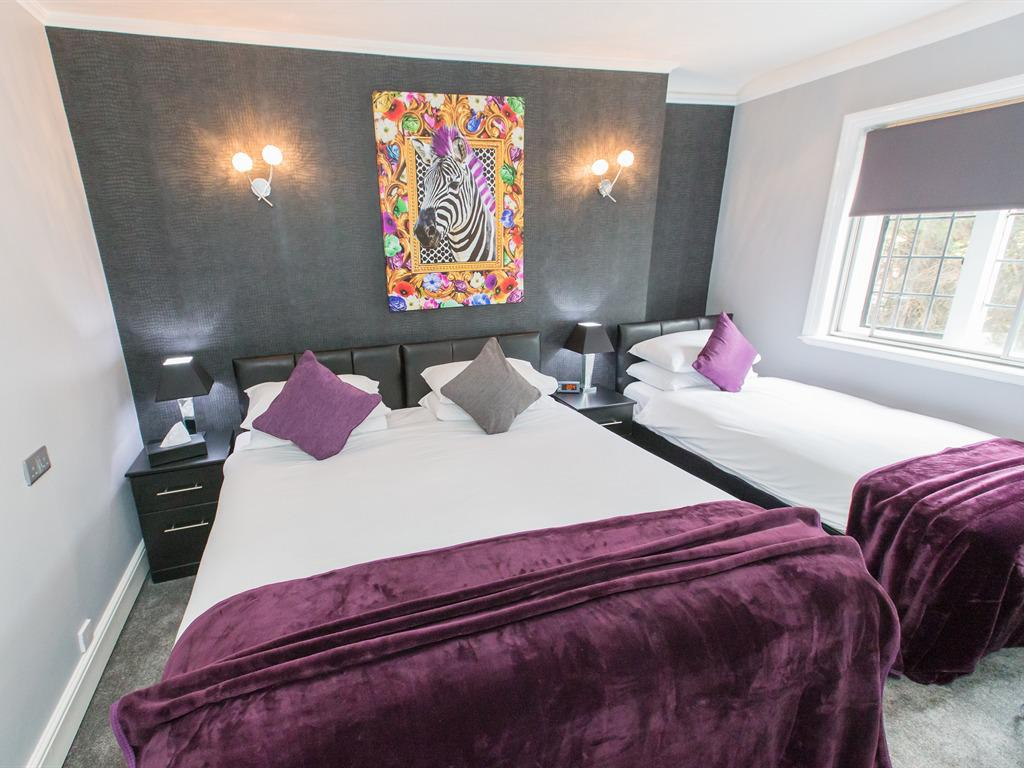 Triple room-Ensuite-Family ensuite - Base Rate