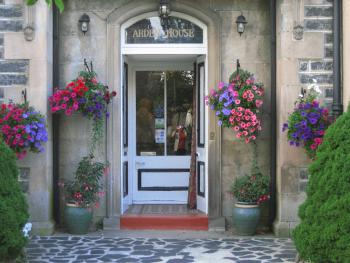 front door hanging baskets