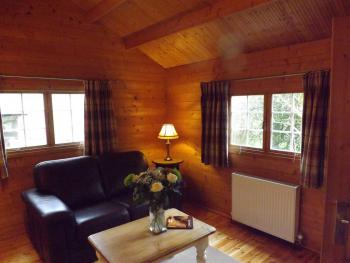 Chalet-Superior-Ensuite-Log cabin