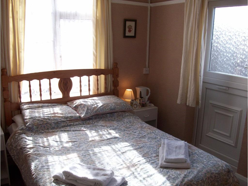 Double room-Ensuite-Balcony - Base Rate
