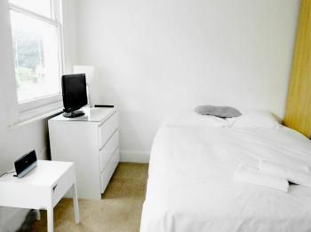 Studio-Ensuite-2 Self contained