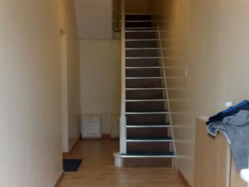 HALLWAY / STAIRS TO APARTMENT
