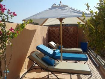 Riad  dar Yammi - Terrasse avec transats