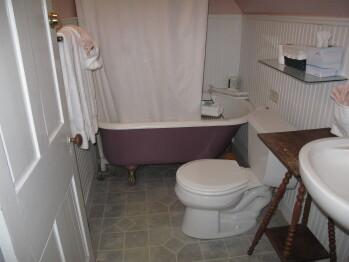 Chardonnay Bathroom