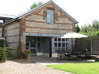 The Granary and Teals Den at Carters Barn Farm -