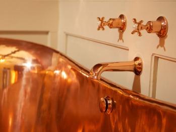 Fabulous Luxurious Copper bath