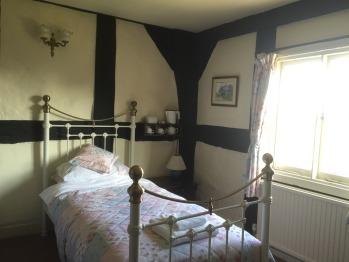Room 8 Single