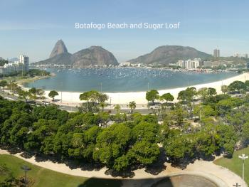 Botafogo Beach (1 km from the house) and view of Guanabara Bay and the Sugar Loaf mountain.