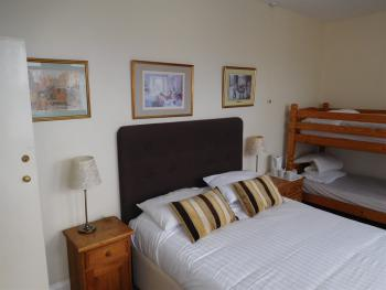 Family room-Ensuite-2 Adults + 2 Children - Base Rate
