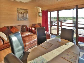 Lodge-Comfort-Private Bathroom-Lake View-Dragonfly Lodge - Base Rate