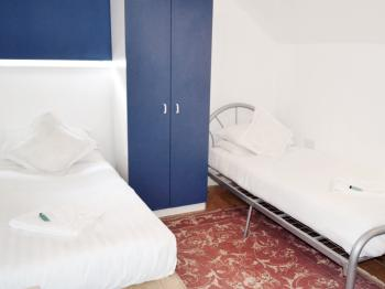 Twin room-Standard-Shared Bathroom-Garden View