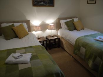 Starboard, twin or super king sized double bed with ensuite shower