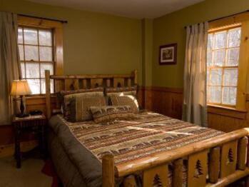 Standard Room-Double room-Ensuite-Standard
