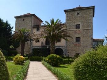 Fachada Palacio Torre de Ruesga