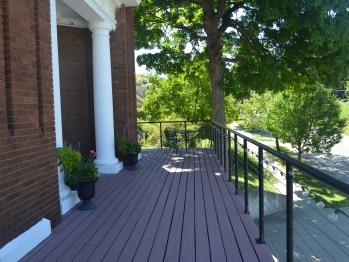 Balcony from entrance