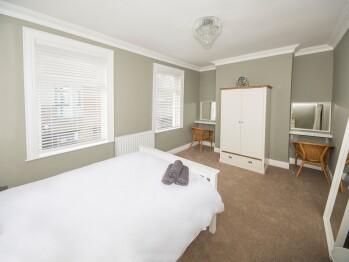4 Bedroom 4 star-House-Private Bathroom - 4 Bedroom 4 star-House-Private Bathroom